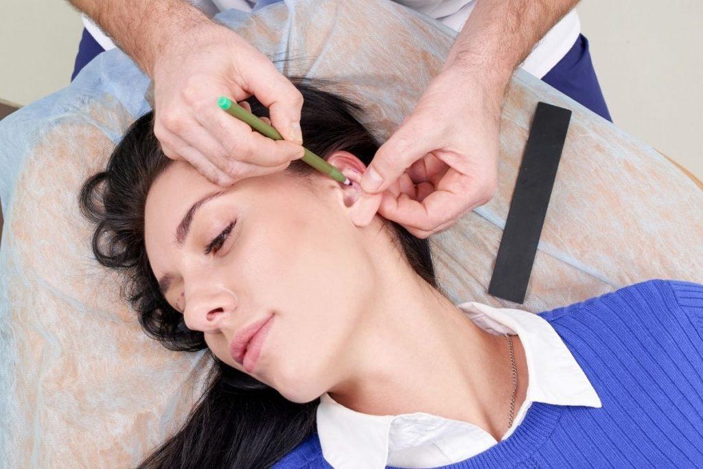 Zabieg na odstające uszy w Derm-Estetyce